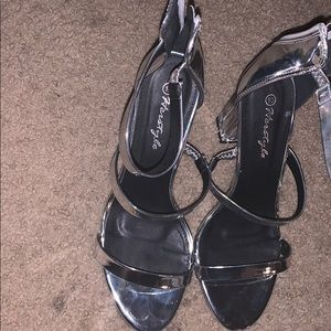 Silver shoes with sparkle in the heels size 10